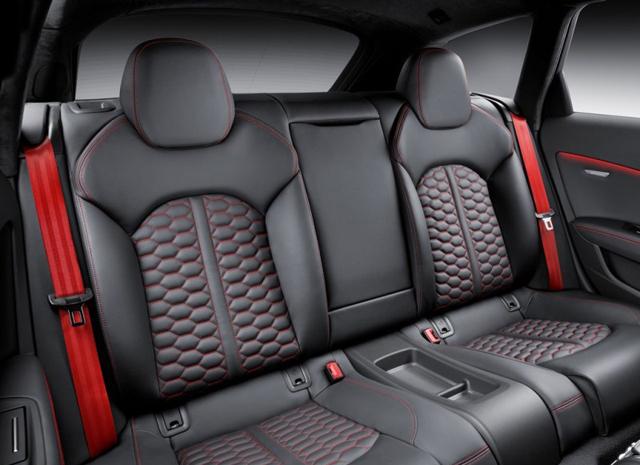 炽热的保姆 奥迪RS6 Avant诠释高性能瓦罐新定义6